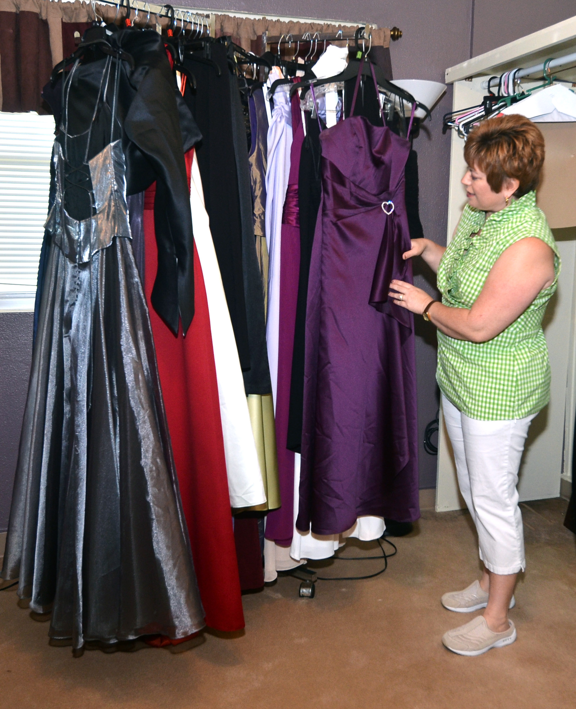 Cinderella S Closet Turns Stressed Into Dressed