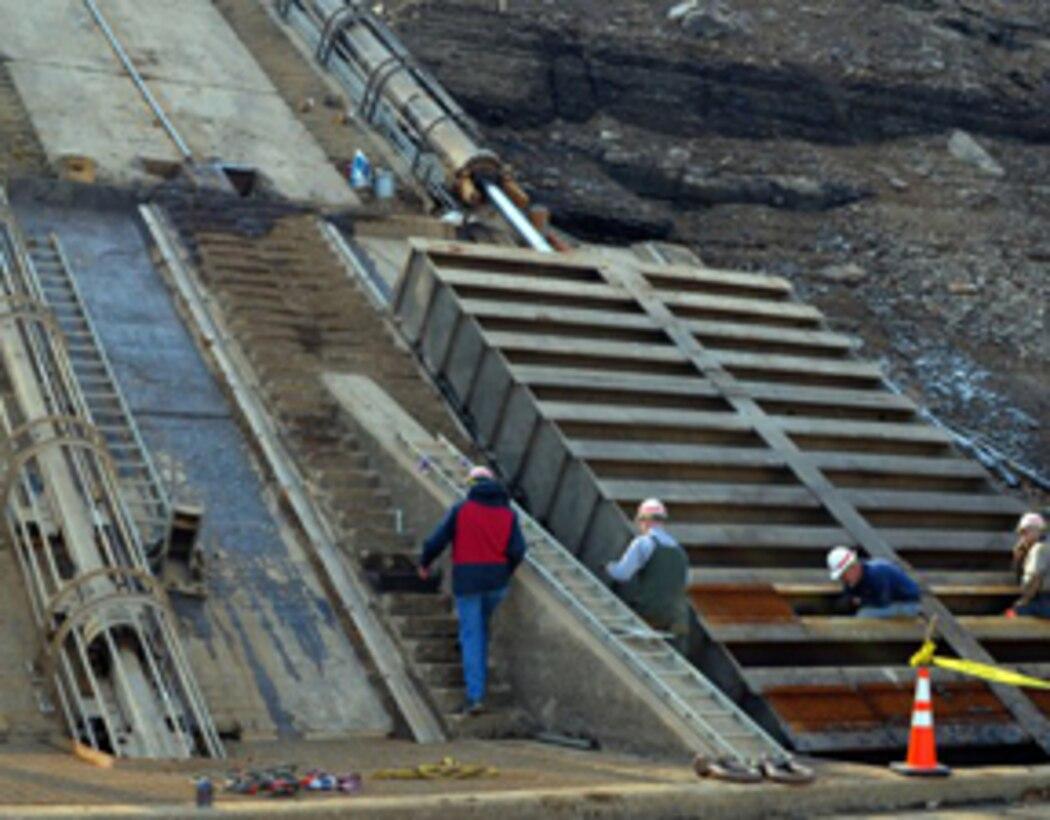 Intake gate at the Summersville Dam