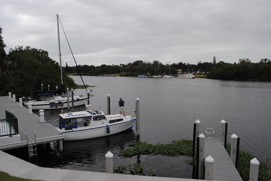 Boaters drop anchor for a moment at LaBelle in Hendry County along the Okeechobee Waterway. Jacksonville District has stepped up efforts to educate boaters on its anchoring policy, which prohibits long-term habitation at the same location.