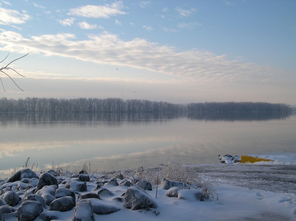 Icy banks of the Mississippi River at Shady Creek Recreation Area.