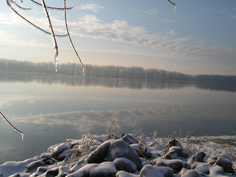 Winter on the Mississippi River near Andalusia, IL.