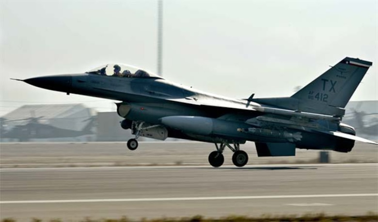 The first F-16 uses the renovated runway.