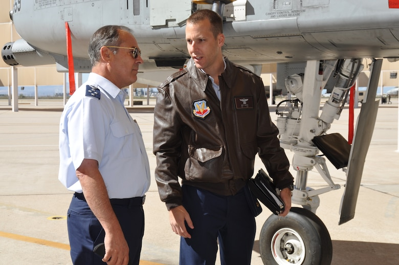 Maj. Matthew Vedder, 12th Air Force (Air Forces Southern), briefs Gen. Jorge Rojas, Commander in Chief, Chilean Air Force, on the capabilities of the A-10C Thunderbolt on Davis-Monthan AFB, Ariz., Feb. 25. General Rojas is visiting AFSOUTH to discuss bilateral relations and building partnerships during the Latin American Interoperability Workshop, Feb. 25 – 28. (U.S. Air Force photo by Master Sgt. Kelly Ogden/Released).