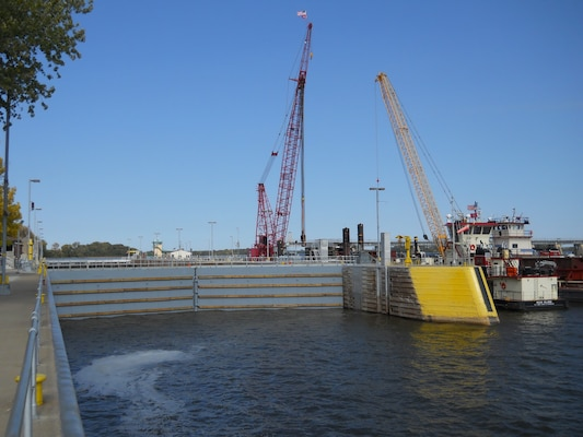 New miter gates were installed at Lock and Dam 20 in October by the Mississippi River Project Structures Maintenance Unit. The new gates replaced the original gates that had been in place since the lock opened in 1935.