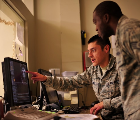 Medical Chart Review Jobs: 79th MDW students get an inside look e Joint Base Andrews ,Chart