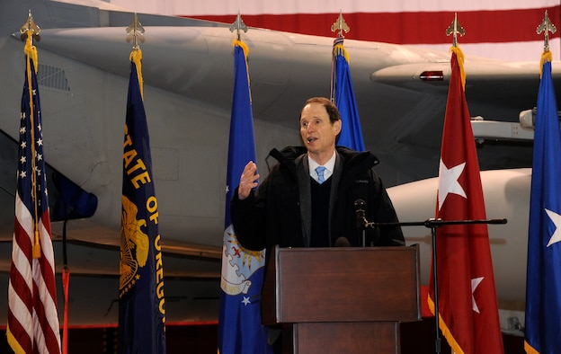 U.S. Senator Ron Wyden, Oregon, speaks to attendees at the Port of Portland lease signing ceremony held at the Portland Air National Guard Base in Portland, Ore., Jan. 16. The 50-year lease agreement allows the Oregon Air National Guard's 142nd Fighter Wing to continue operations at the Portland International Airport. (Photo by Tech. Sgt. John Hughel, 142nd Fighter Wing Public Affairs/Released)