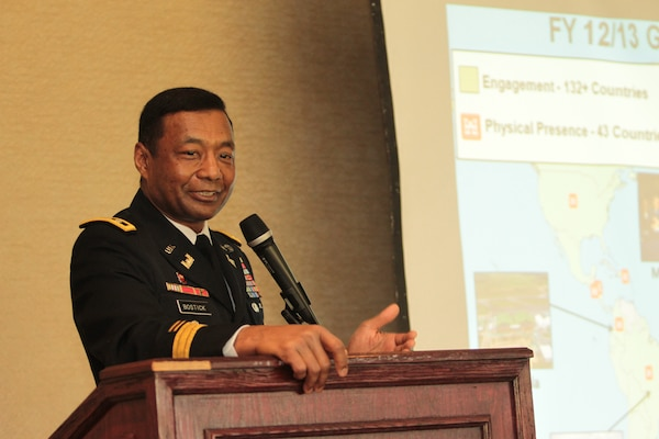 The Society of American Military Engineers featured U.S. Army Corps of Engineers Commanding General Lt. Gen. Thomas P. Bostick as their keynote speaker at Quiet Canon Country Club in Montebello, Calif., Jan. 18. Bostick addressed more than 100 SAME members and guests during their 27th annual joint breakfast meeting.