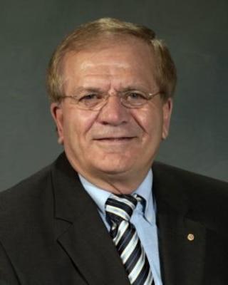 Dr. Paul Mlakar