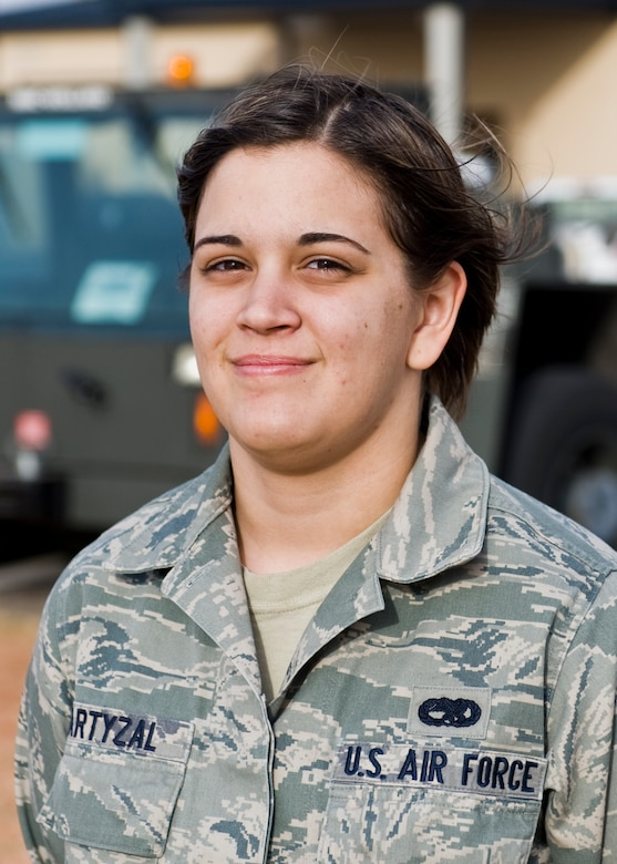 """""""I understand the push to allow women to be in these combat roles but there are limitations and problems they are going to run into, especially at this time. It makes me think there might have been a better time to start this.""""- Senior Airman Jennifer Bartyzal, 7th Aircraft Maintenance Squadron"""