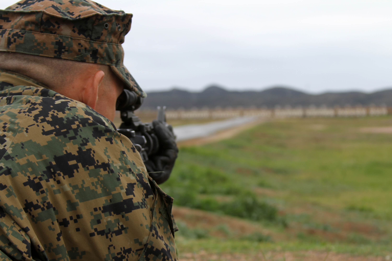 Marine Corps marksmanship begins in recruit training ...