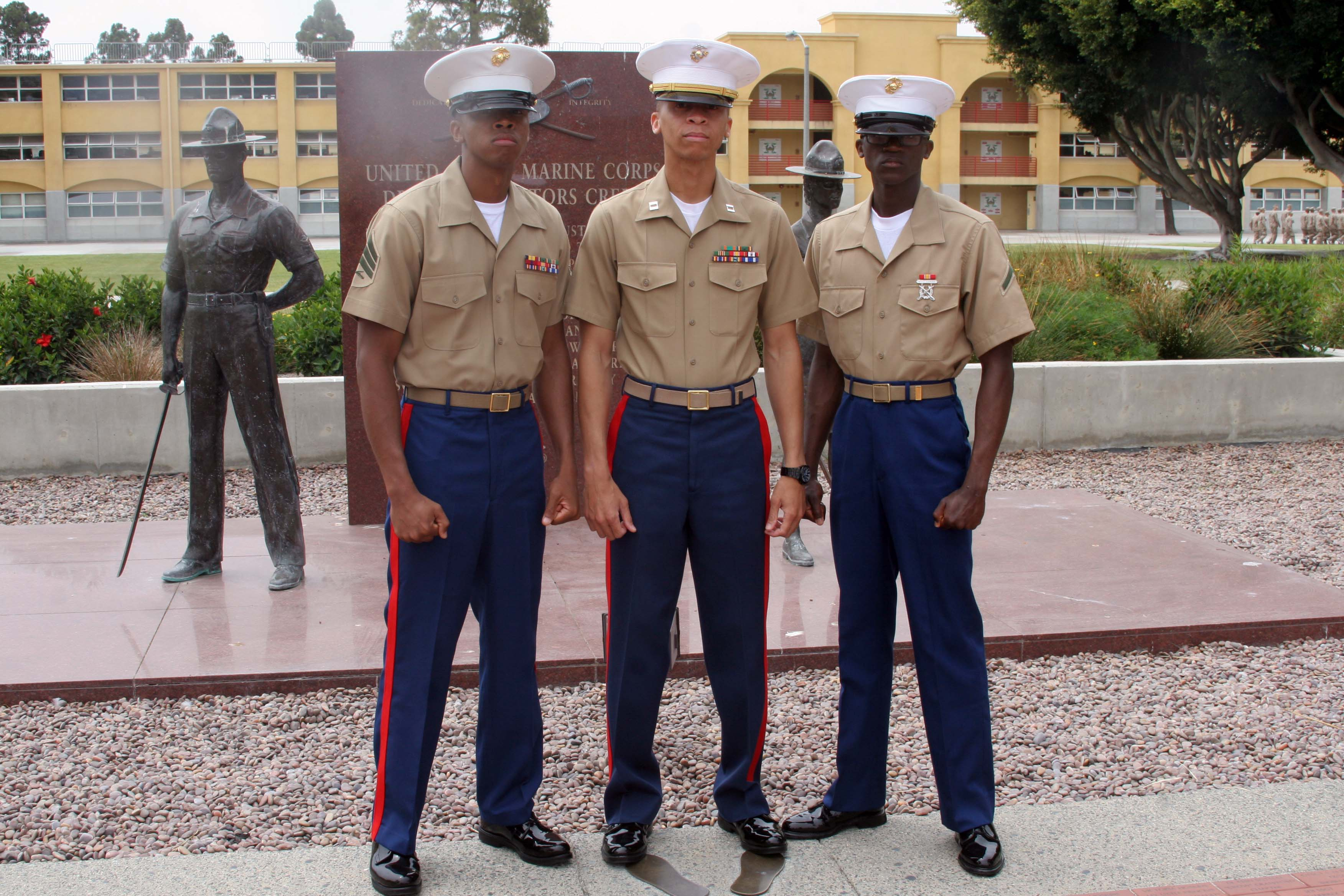 Marine Joins Sibling Footsteps Earns Title Marine Marine Corps Recruit Depot San Diego News