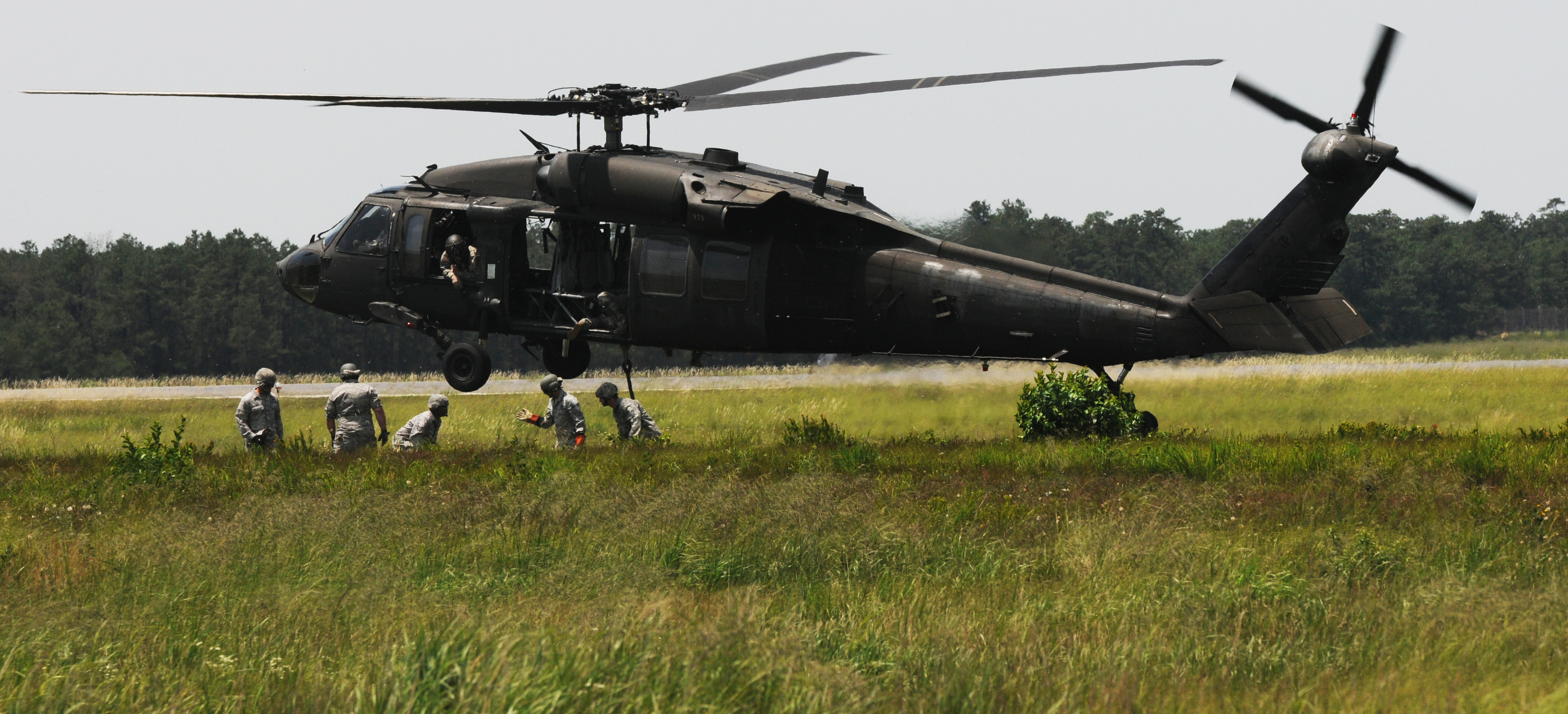 NJ Guardsmen learn path to pilot   Joint Base McGuire-Dix-Lakehurst ... dd7c218d4