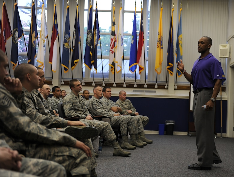 "Leonard Wheeler, a former National Football League player and ""game on"" presenter, speaks to Hurlburt Airmen during a ""game on"" presentation at the Vincent Airman Leadership School auditorium at Hurlburt Field, Fla., July 11, 2013. Wheeler shared stories with the crowd about his past experiences with the Cincinnati Bengals, Minnesota Vikings and Carolina Panthers. (U.S. Air Force Photo / Senior Airman Joe McFadden)"