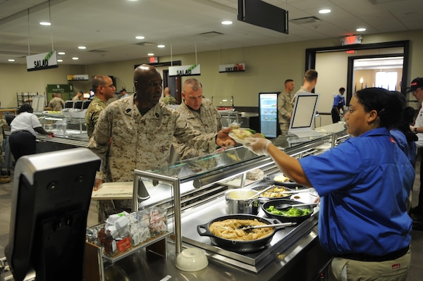 New TBS Chow Hall Opens Caters To Diners Requests Marine Corps Base Qu