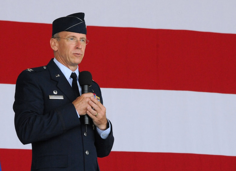Col. Donald R. Lindberg, new 10th Air Force vice commander, addresses the crowd during the 482nd Fighter Wing change of command ceremony at Homestead Air Reserve Base, Fla., July 14. (U.S. Air Force photo/Senior Airman Jaimi Upthegrove)