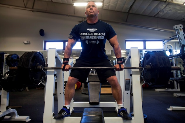 Lexington Marine sets powerlifting world records > 1st