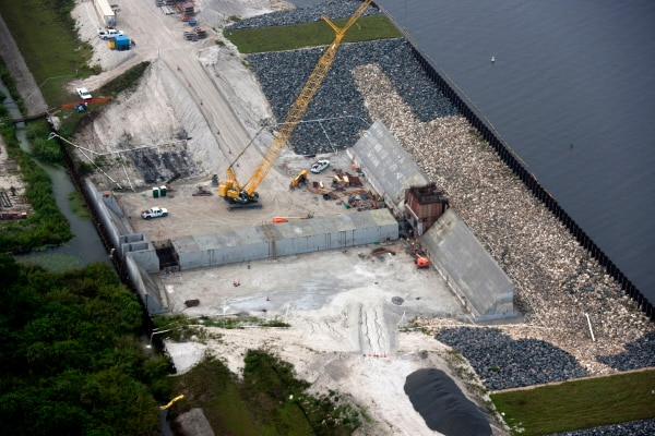 An aerial view of the Culvert 11 site shows the ongoing work to replace more than 30 water control structures around Lake Okeechobee, providing continued stability for Herbert Hoover Dike.