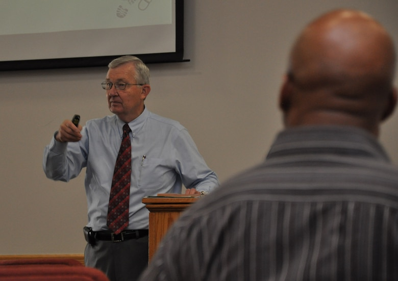 Joe Long, Veterans Business Outreach Center, N.M., instructs a class on opportunity recognition as part of Boots to Business July 11, 2013, on Buckley Air Force Base, Colo.  Boots to Business is a joint effort by Syracuse University, N.Y. and the U.S. Small Business Administration designed to train transitioning service members in business ownership. (U.S. Air Force photo by 2nd Lt. Trevor Zakrzewski/Released)