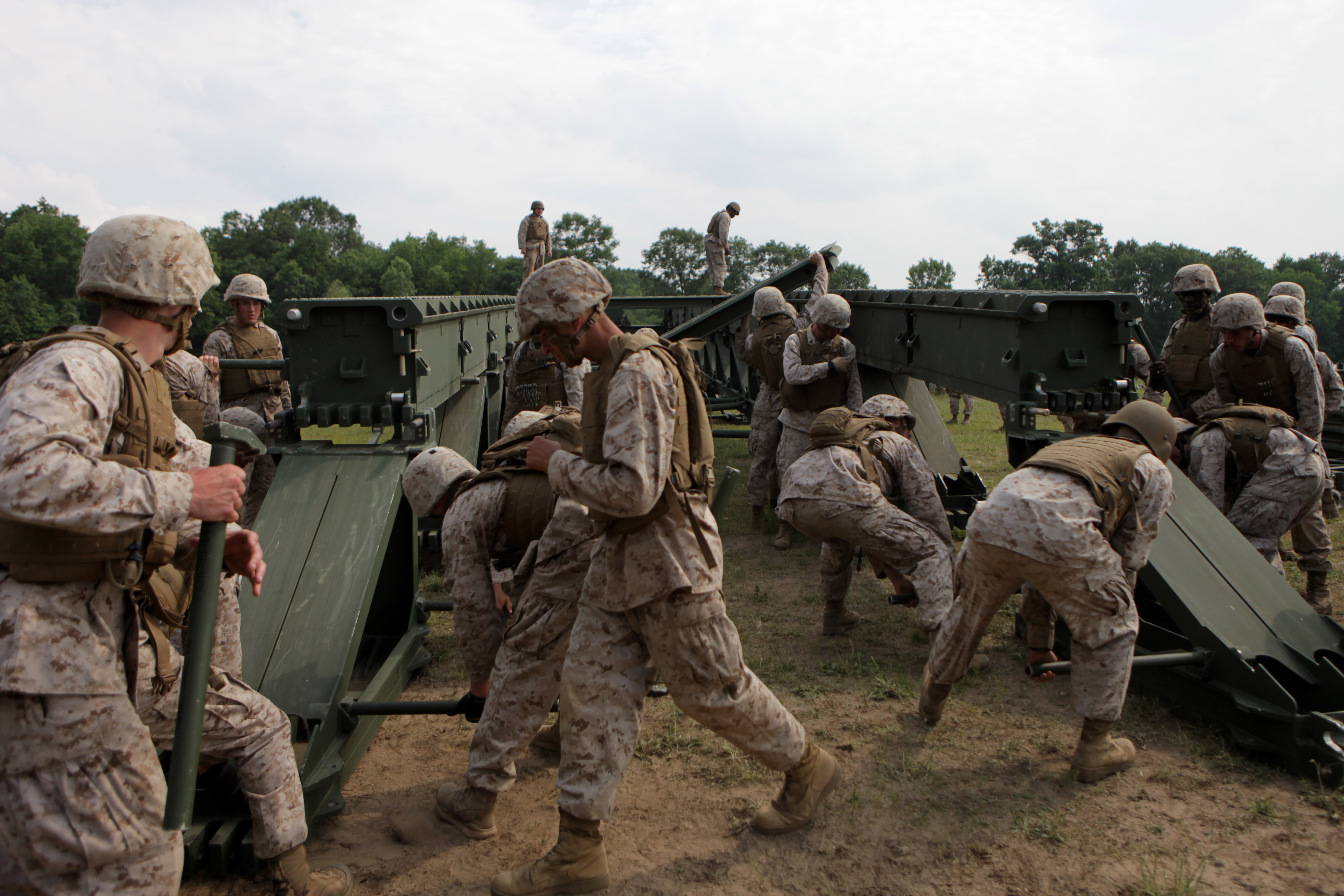 Combat engineers maintain brilliance in basics > Marine Corps ...