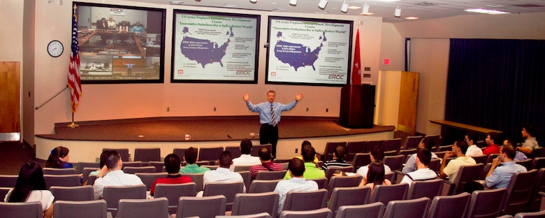 Dr. David Pittman (center) welcomes 36 University of Puerto Rico Mayagüez summer interns to U.S. Army Engineer Research and Development Center laboratories located in Vicksburg, Miss., Hanover, N.H., Champaign, Ill., and Alexandria, Va., during a video teleconference.