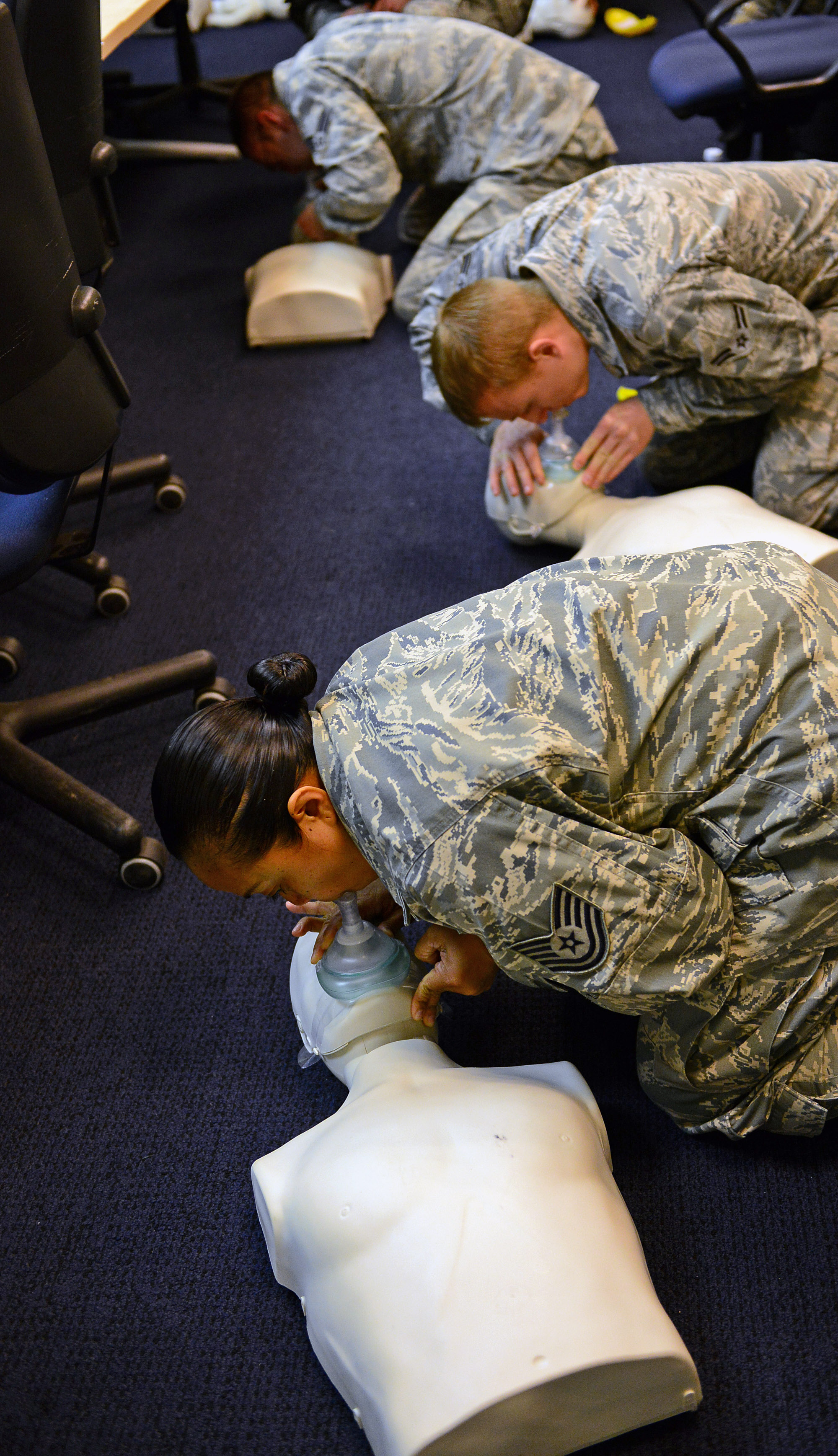 Free cpr classes available aviano air base article display free cpr classes available xflitez Choice Image