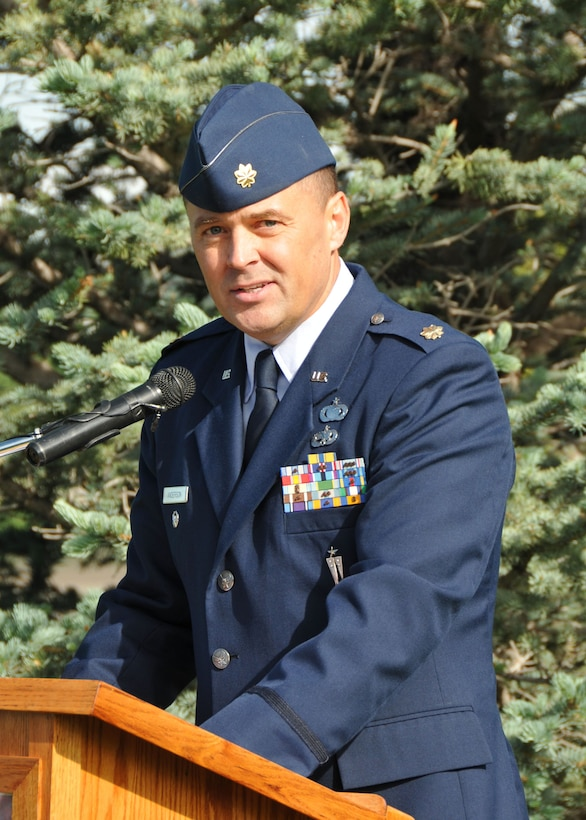 Maj. Rick Anderson, 120th Fighter Wing director of equal opportunity, served as the master of ceremonies during the Flag Day ceremony held at Broadwater Overlook Park on June 14. (Air National Guard photo/Senior Master Sgt. Eric Peterson)