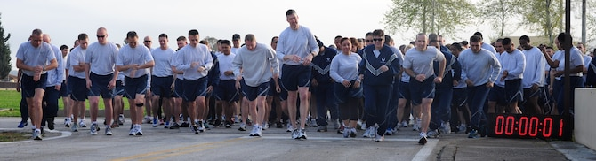 Airmen from the 39th Air Base Wing take off during a wing run March 29, 2013, at Incirlik Air Base, Turkey. Wing runs are held to promote fitness and camraderie. (U.S. Air Force photo by Senior Airman Anthony Sanchelli/Released)