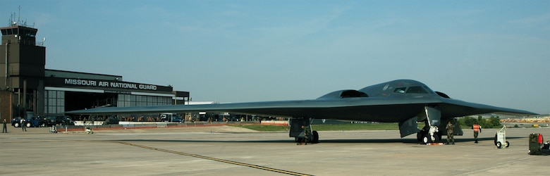 """The Northrup Grumman B-2 Stealth """"Spirit of Pennsylvania"""" becomes the first B-2 to ever land at Lambert Air National Guard Base, Sept 9, 2006.  131st Missouri Air National Guardsmen were given the opportunity to see the aircraft up-close and be introduced to the wing's upcoming mission.(131st Bomb Wing file photo/RELEASED"""