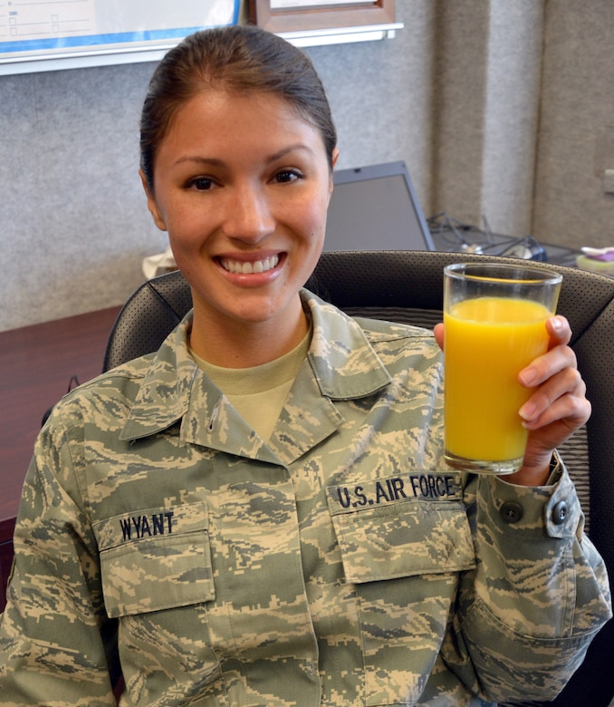 Tech. Sgt. Anna-Marie Wyant tried something new and learned that simple things such as a cup of orange juice and a smile can make a big difference. (U.S. Air Force photo/Senior Airman Natasha Dowridge)