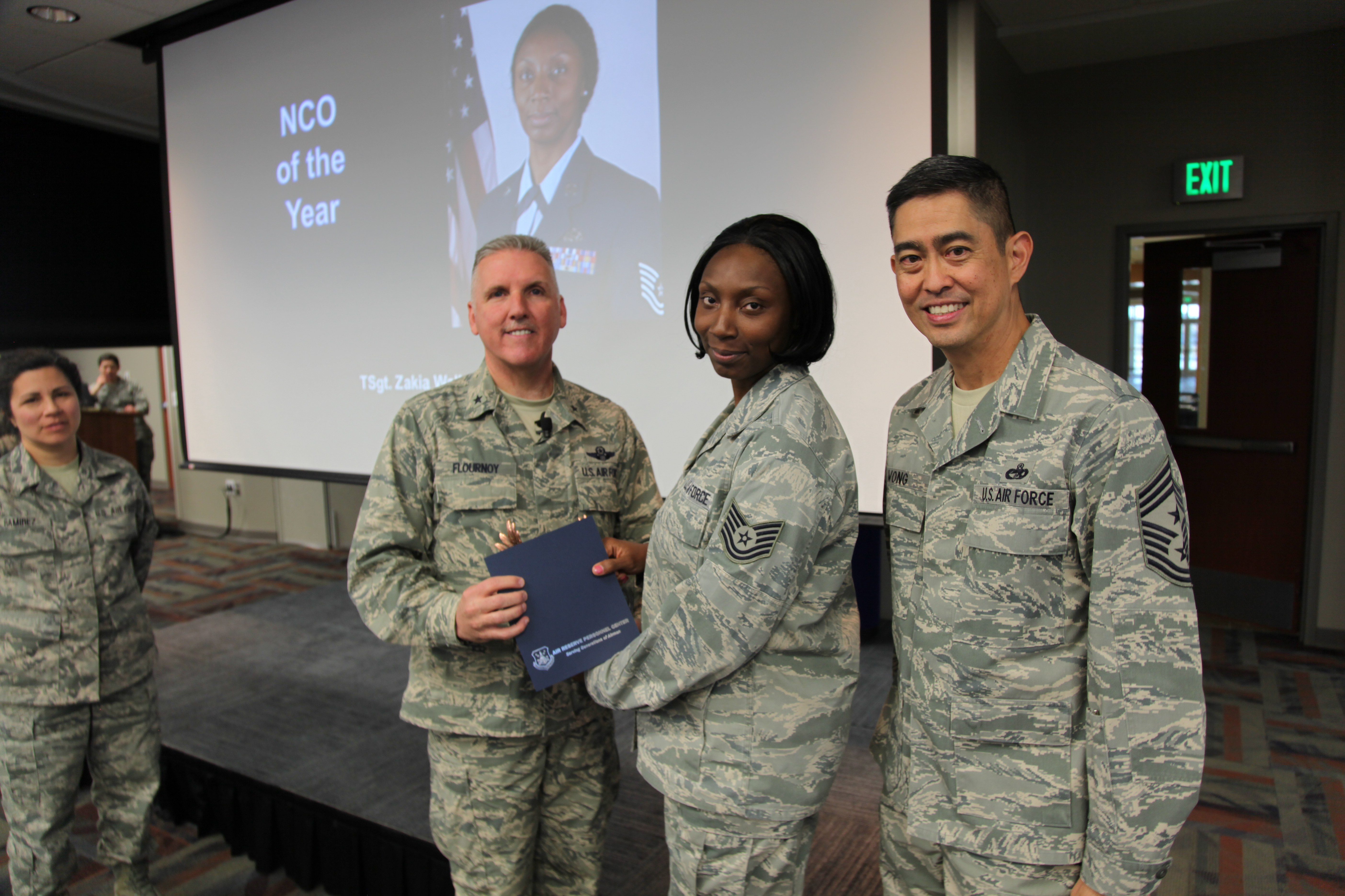 ARPC announces annual award winners > Air Reserve Personnel