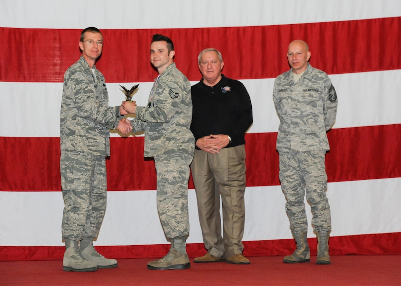 325th MDSS medical logistics flight earns award > Tyndall