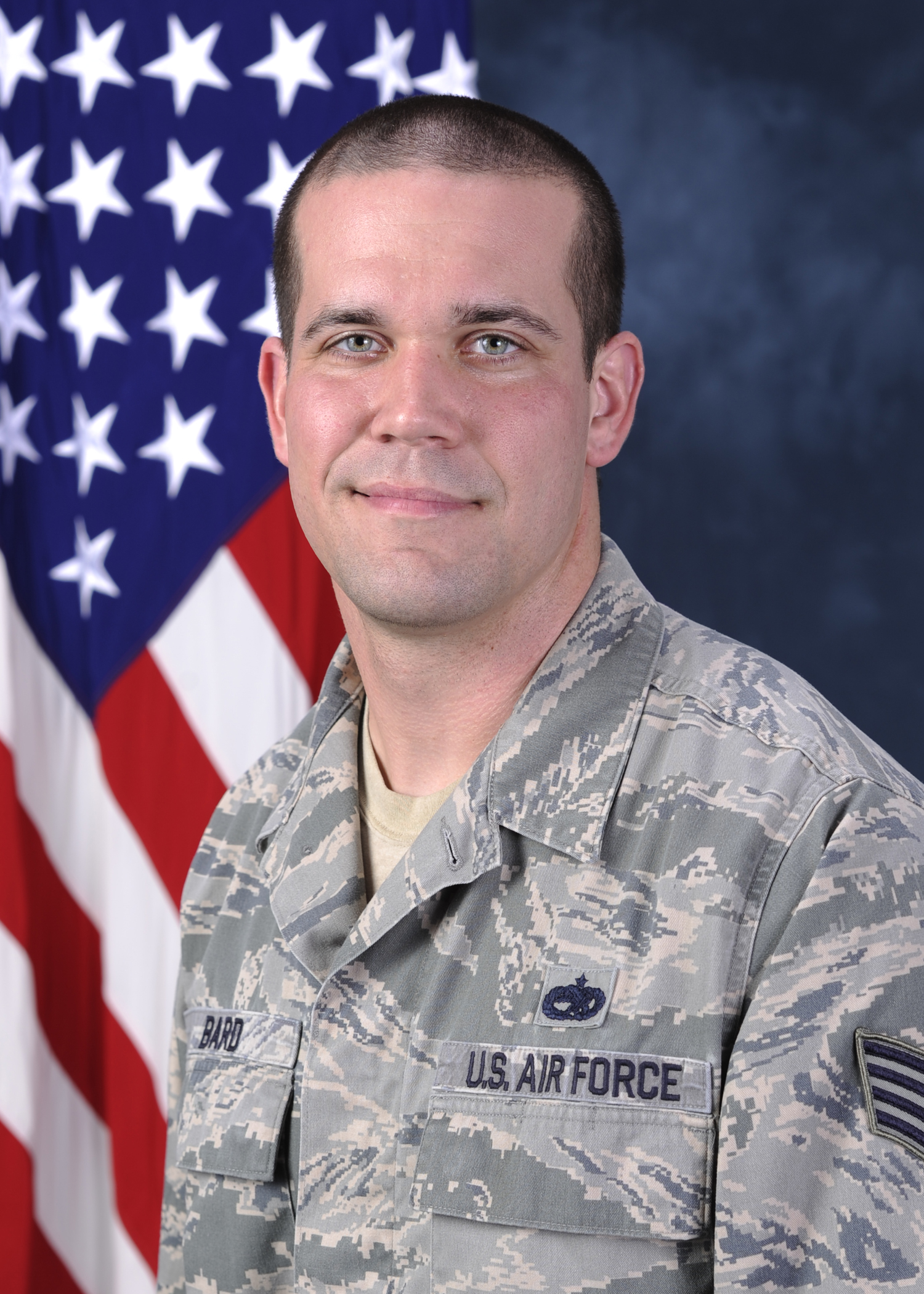 cmsgt thomas barnes Chief master sergeant of the air force thomas n barnes was adviser to the secretaries of the air force john l mclucas and thomas c reed and also chief of staffs of the air force gen george s brown and gen david c jones on matters concerning welfare,.