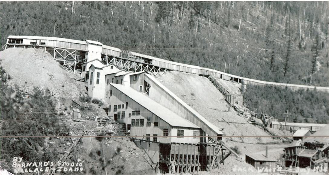 This photo shows what the mill looked like circa 1933.
