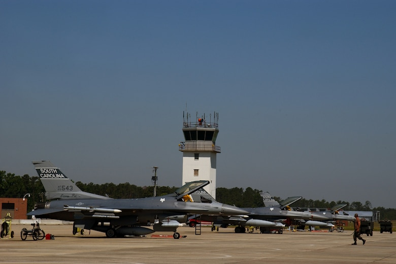 F-16 Fighter ramp operations are conducted at McEntire Joint Natioanl Guard Base, South Carolina Air National Guard, May 4, 2007.  (U.S. Air National Guard photo by Senior Master Sgt. Edward/Released)