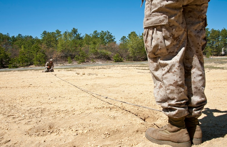 Golf Battery 3 14 Marines Send Shells Down Range Joint Base Mcguire Dix Lakehurst Article Display