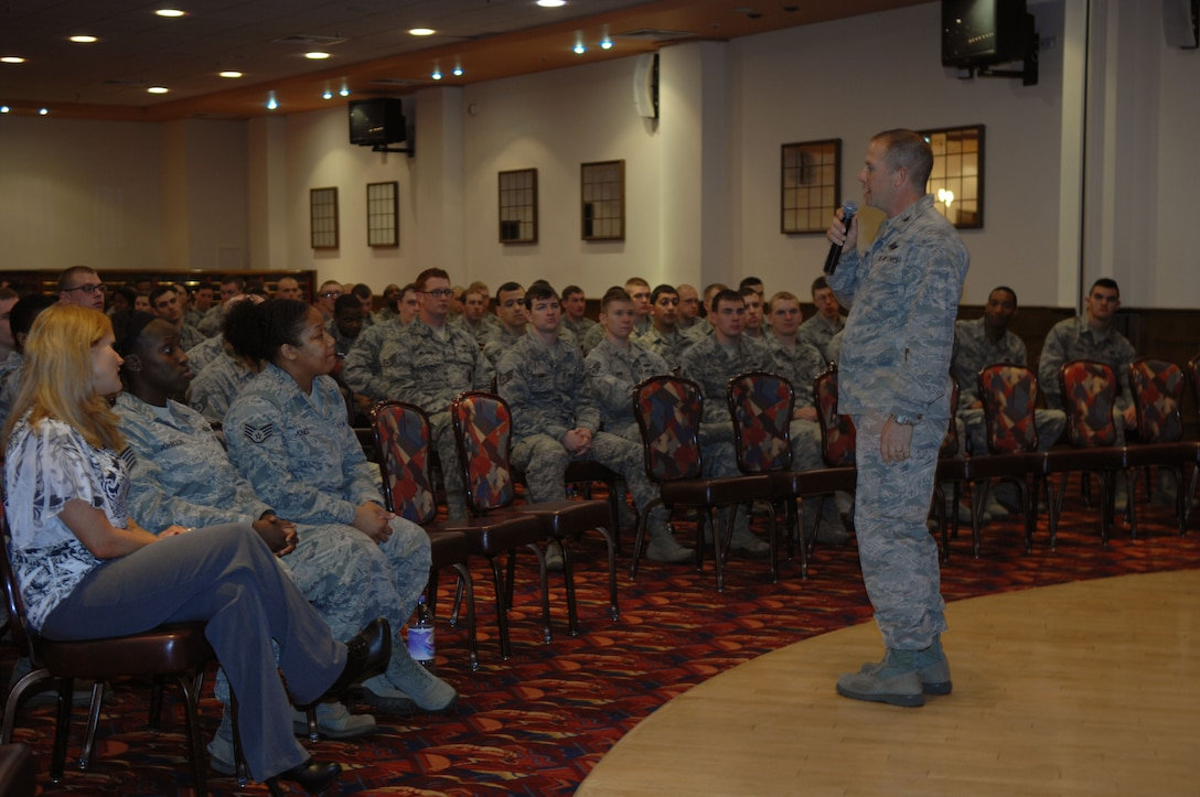 """Col. Kyle Voigt, 100th Air Refueling Wing vice commander, speaks to Team Mildenhall Airmen before the presentation """"The Hook-up"""" May 8, 2013, at the Galaxy Club on RAF Mildenhall, England. RAF Mildenhall hosted the presentation as a wrap-up to Sexual Assault Awareness Month. """"The Hook-up"""" is a presentation geared toward Airmen ages 18 to 25 and it discussed topics such as sexual assault and how to prevent it. (U.S. Air Force photo by Airman 1st Class Dillon Johnston/Released)"""