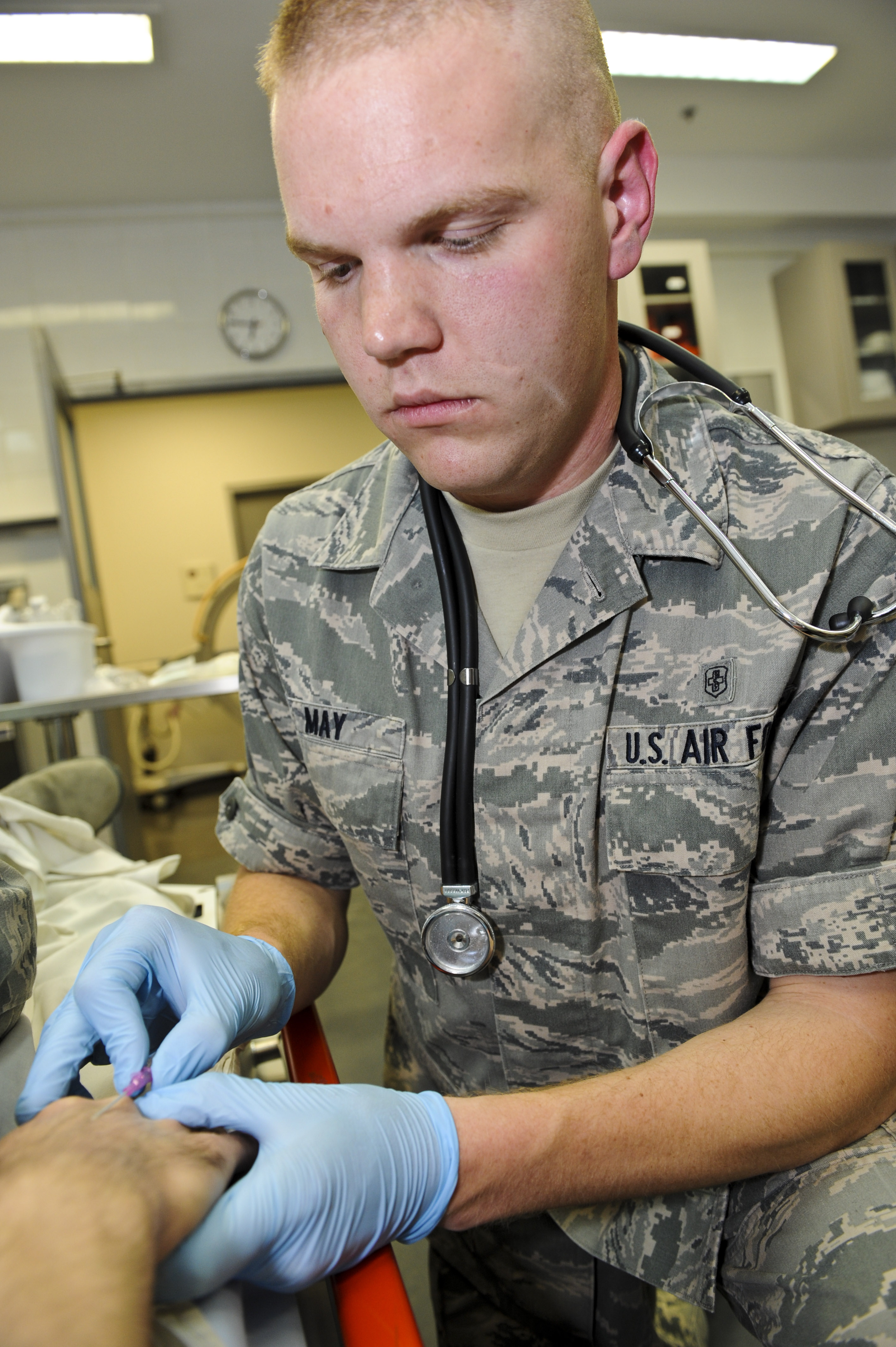 Day on the Job: Nurse, medical technician > U.S. Air Forces ...