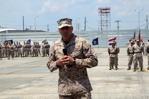Lt. Col. Willie Stansell, the commanding officer for Marine Aviation Logistics Squadron 31, speaks with Marines after the MALS-31 change of command ceremony aboard Marine Corps Air Station Beaufort, May 10. Lt. Col. Bill Gray relinquished command of MALS-31 to Stansell after serving as the commanding officer of MALS-31 for two years.