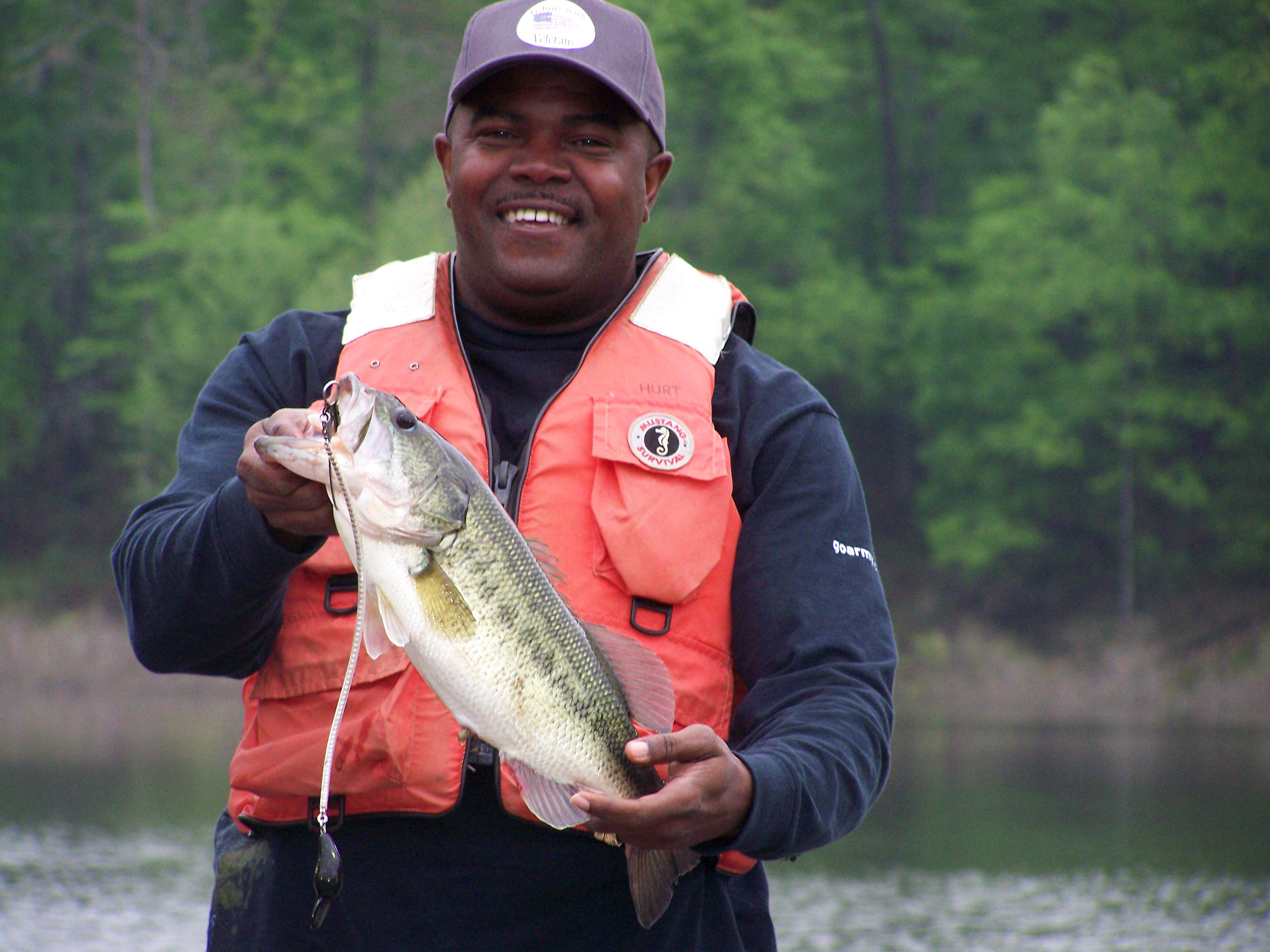 Army corps of engineers waives day use fees for vets for Fishing in louisville ky