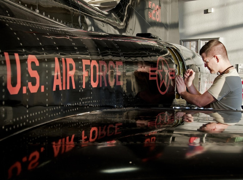 Airman 1st Class Lucas Gray goes through the steps to remove and install a hydraulic reservoir on a T-38 Talon Oct. 24, 2013, at Sheppard Air Force Base, Texas. Gray is assigned to the 364th Training Squadron, Aircraft Hydraulic Systems course.