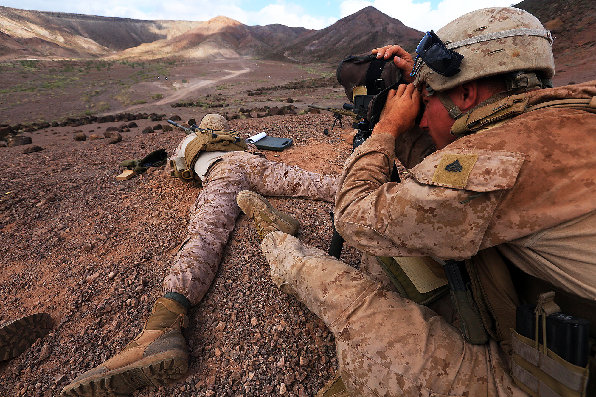 13th MEU Scout Snipers take to hills > 13th Marine Expeditionary ...