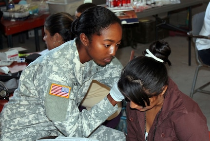 Members of Joint Task Force-Bravo's Medical Element (MEDEL) partnered with the Honduran Ministry of Health and the Honduran military to provide medical care to more than 1,200 people in the villages of Plan de Leones and Cuesta de la Virgen in the department of Comayagua, Honduras, during a Medical Readiness Excercise (MEDRETE), Nov. 4-6, 2013.  (Courtesy photo)