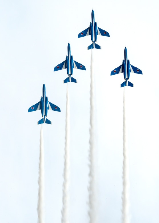 The Japan Air Self-Defense Force aerobatic team, Blue Impulse, flies in a four-plane formation during the annual Iruma Air Show at Iruma Air Base, Japan, Nov. 3, 2013. Blue Impulse uses the T-4 subsonic intermediate jet trainer aircraft.  (U.S. Air Force photo by Airman 1st Class Soo C. Kim / Released)