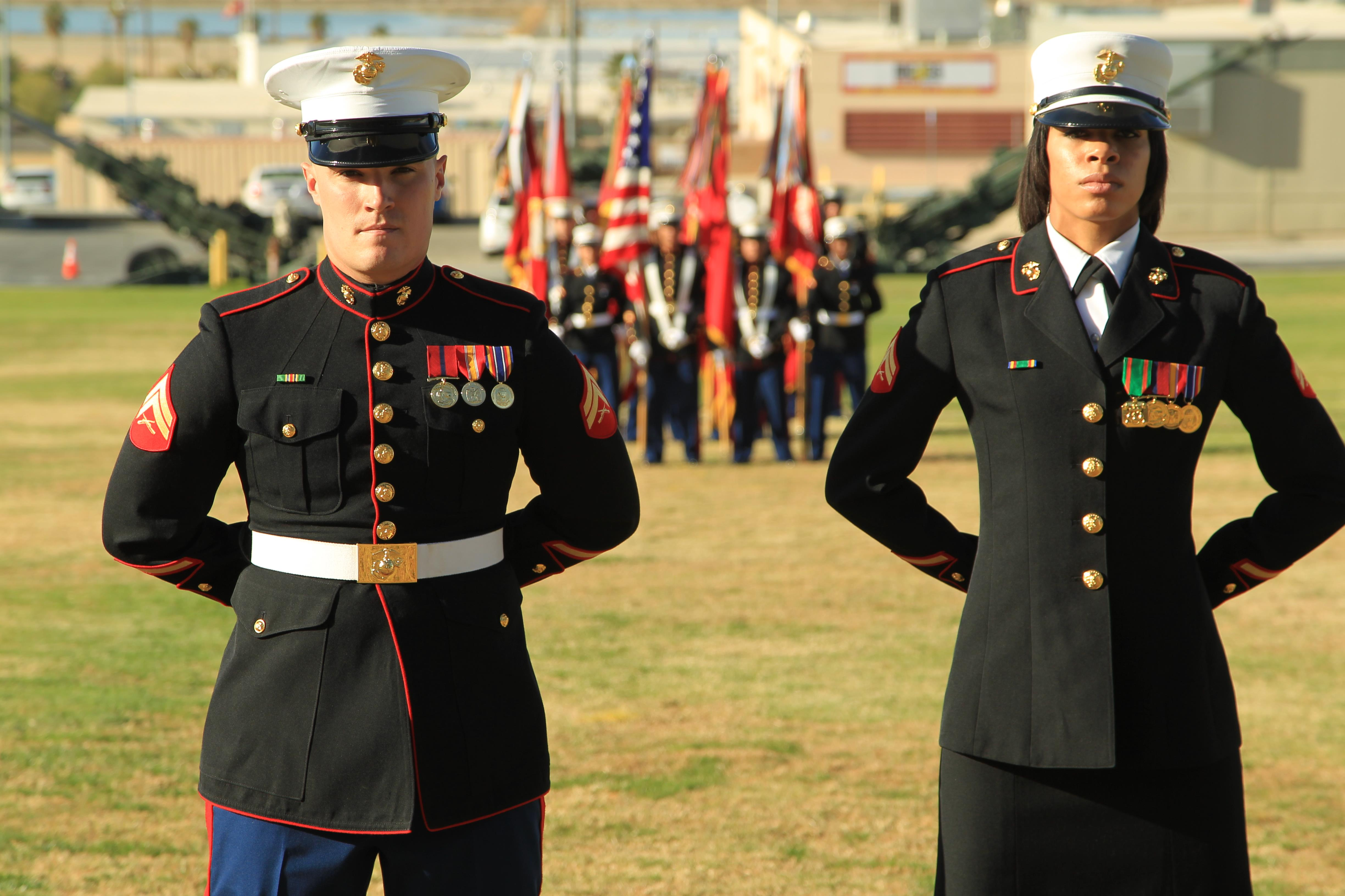 Pictures Of Marines In Uniform 22