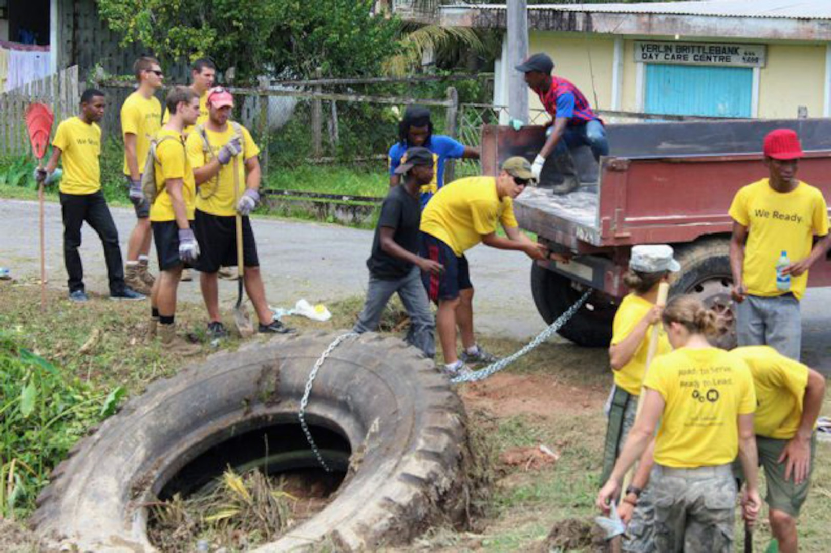 The U.S Embassy's Youth Action Network teamed up with U.S. Army ROTC cadets for a community service event in Linden, Guyana.