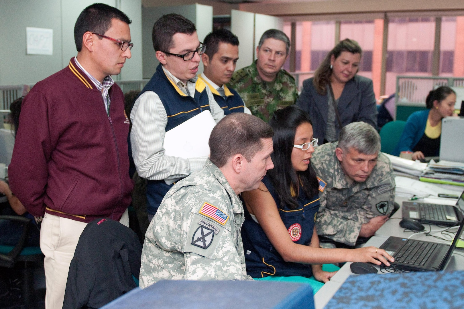 South Carolina National Guard members visit the Colombia emergency services (UNGRD) office to see their programs in action, Sept. 13, 2013, in Bogota.