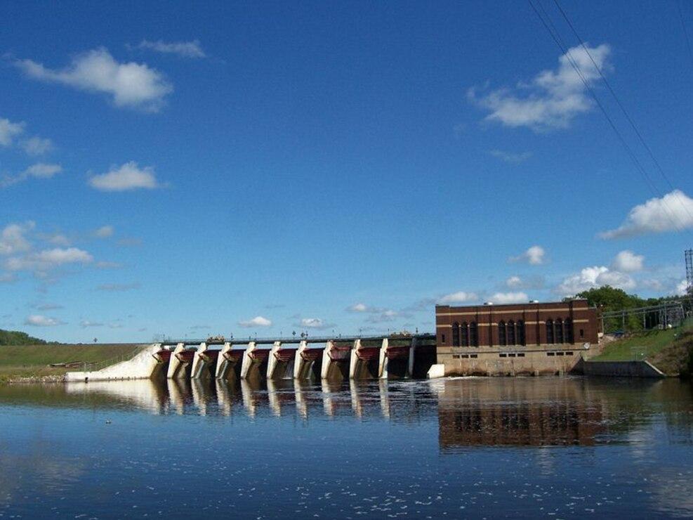 White Rapids Dam