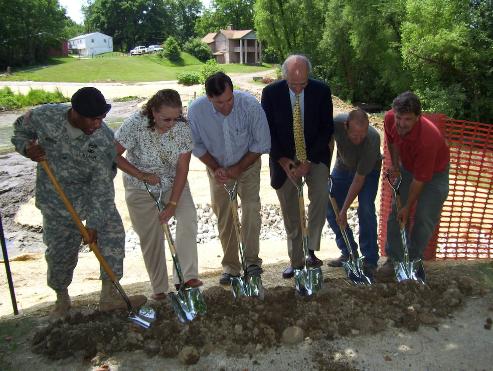Groundbreaking at Red Mill, Pond
