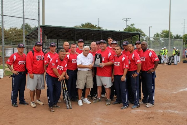 The 2013 Armed Forces Mens Softball Team took bronze at ASA National Softball Championship in Ridgeland, MS 26-30 September.