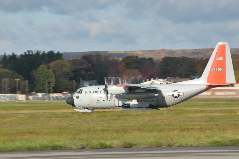 SCOTIA, NY -  An LC-130 aircraft bound for Antarctica in support of Operation DEEP FREEZE takes off from Stratton Air National Guard Base Oct. 18, 2013. (Air National Guard photo by Master Sgt. William M. Gizara/Released)